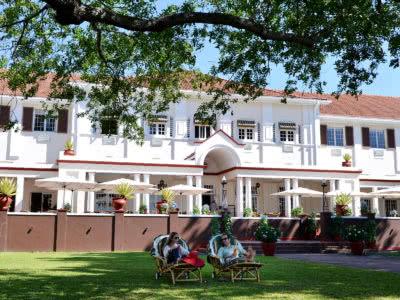 Victoria Falls Hotel Loungers