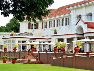 Victoria Falls Hotel terris