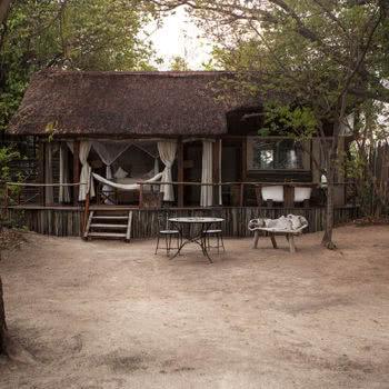 Sindabezi Island Chalet Exterior