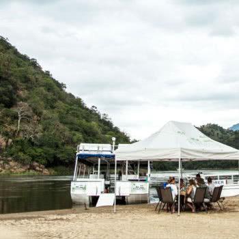 Safari Lower Zambezi River