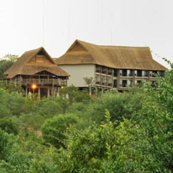 Victoria-Falls-Safari-Club-Room
